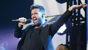 "Ricky Martin Rocks the AAA with ""Adrenalina"""