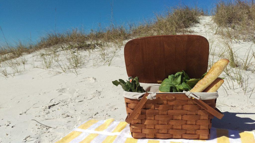 Sandpearl Resort_Picnic in Paradise