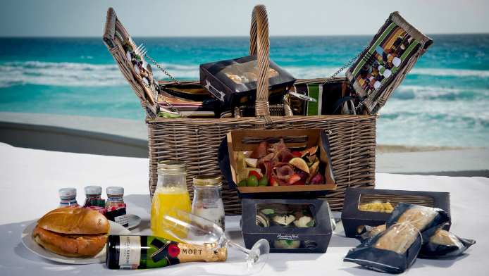2016-08-08 12_44_58-JW Marriott Cancun_Beach Brunch Basket.jpg