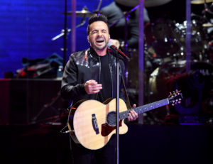 "Luis Fonsi ""Love + Dance World Tour"" en el Hard Rock Live"